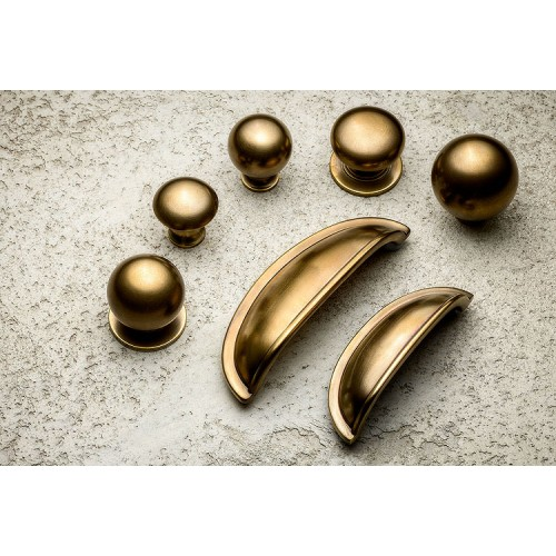 Antique Brass Traditional Kitchen Handles Collection
