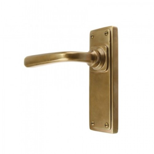 Louis Fraser Themes 721 Square Lever Handle on a Back Plate