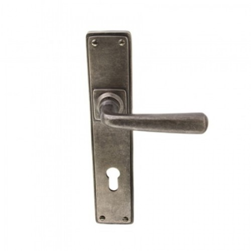 Louis Fraser Themes 738 Square Lever Handle on a Long Back Plate