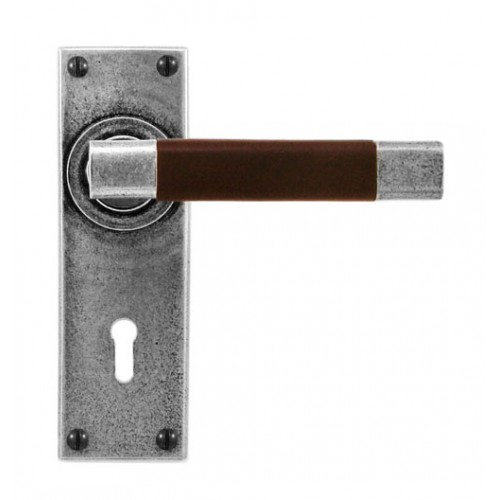 Finesse Design Jedburgh Range Lock Door Handle on a Back Plate in Pewter