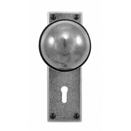 Finesse Design Beamish Range Door Knob on a Lock / Key Hole Back Plate in Pewter