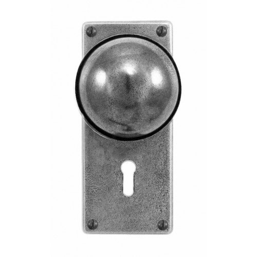 Finesse Design Beamish Range Door Knob on a Jesmond Lock / Key Hole Back Plate in Pewter