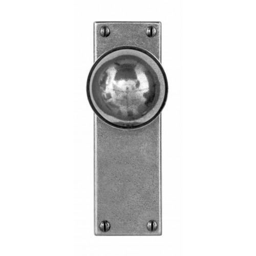 Finesse Design Pelton Range Door Knob on a Back Plate in Pewter