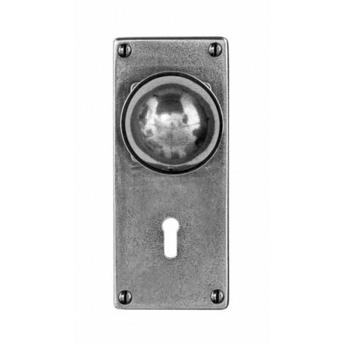 Finesse Design Pelton Range Door Knob on a Jesmond Lock / Key Hole Back Plate in Pewter